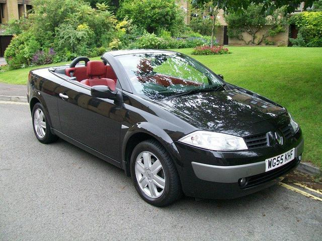used renault megane 2005 petrol 1 6 vvt dynamique 2dr convertible black for sale in keynsham uk. Black Bedroom Furniture Sets. Home Design Ideas
