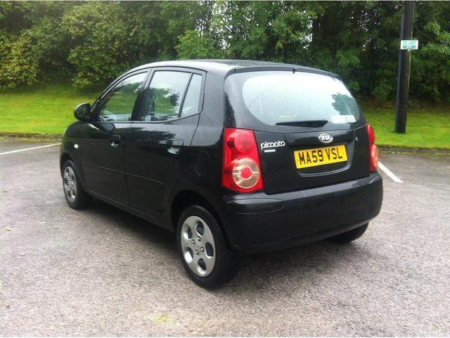 used kia picanto car 2009 black petrol 1 1 chill 5 door hatchback for sale in stoke on trent uk. Black Bedroom Furniture Sets. Home Design Ideas