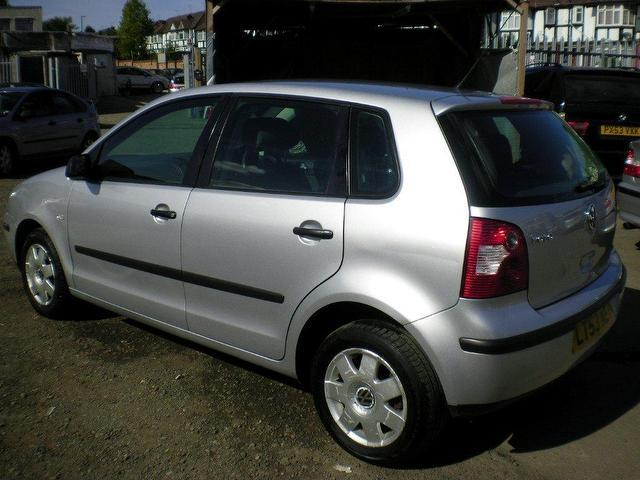 used volkswagen polo 2003 petrol 1 4 twist 5dr auto hatchback silver edition for sale in wembley