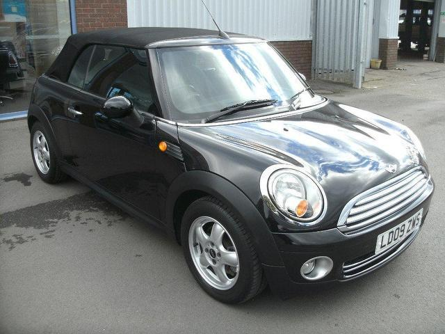 used 2009 mini 1 6 convertible cooper 2dr petrol for sale in oswestry uk autopazar. Black Bedroom Furniture Sets. Home Design Ideas