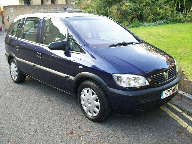 used blue vauxhall zafira 2001 petrol 1 6i club 5dr estate excellent condition for sale   autopazar