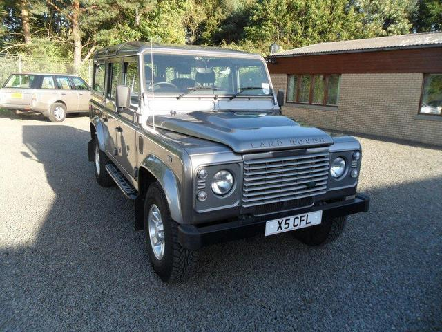 used land rover defender 2011 diesel 110 county stationwagon 4x4 grey edition for sale in. Black Bedroom Furniture Sets. Home Design Ideas