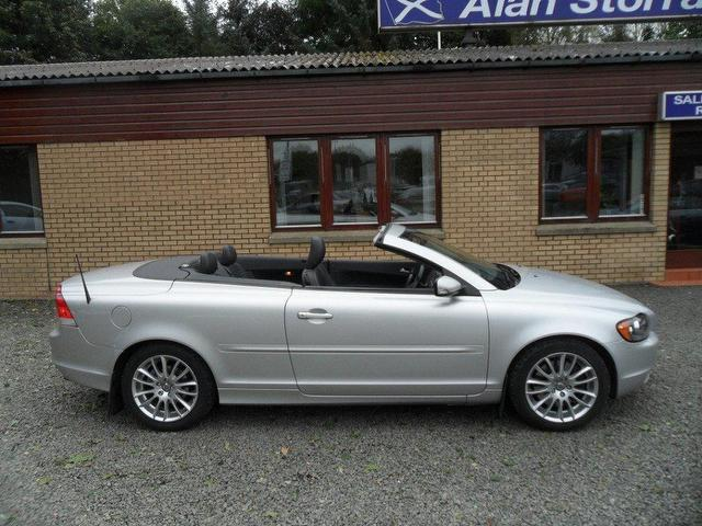used volvo c70 2007 silver paint diesel d5 se 2dr geartronic convertible for sale in inveralmond. Black Bedroom Furniture Sets. Home Design Ideas