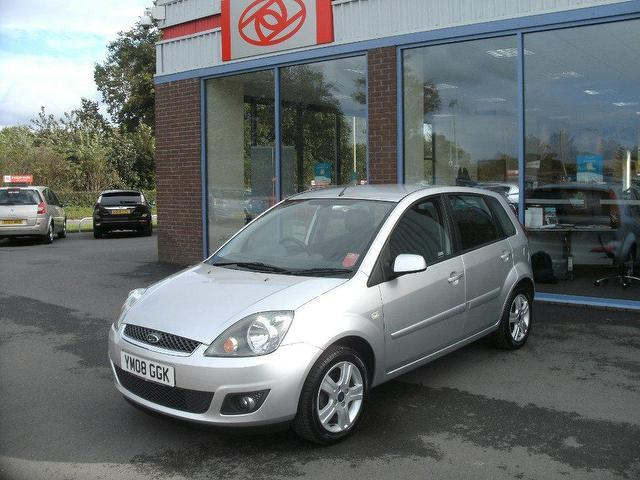 used ford fiesta 2008 petrol 1 4 zetec 5dr climate hatchback silver edition for sale in. Black Bedroom Furniture Sets. Home Design Ideas
