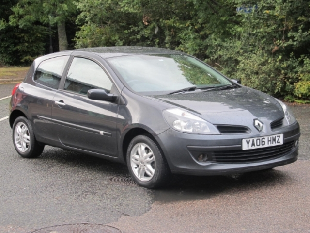 used gray renault clio 2006 petrol in great condition for sale autopazar. Black Bedroom Furniture Sets. Home Design Ideas