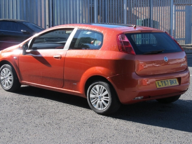 used orange fiat grande 2007 petrol punto in great condition for sale autopazar. Black Bedroom Furniture Sets. Home Design Ideas