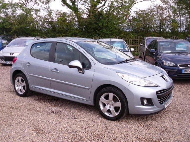 used peugeot 207 2009 manual diesel 1 6 hdi sport 5 door silver for sale uk autopazar. Black Bedroom Furniture Sets. Home Design Ideas