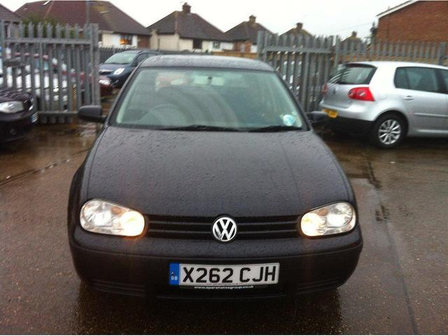 Used Volkswagen Golf 1.6 16v S 5 Door Hatchback Black 2000 Petrol for Sale in UK