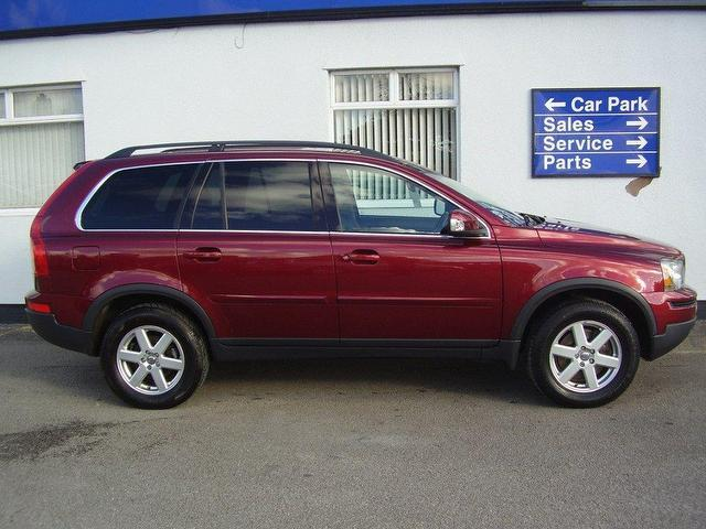 used 2009 volvo xc90 4x4 red edition 2 4 d5 active 5dr diesel for sale in wirral uk autopazar. Black Bedroom Furniture Sets. Home Design Ideas