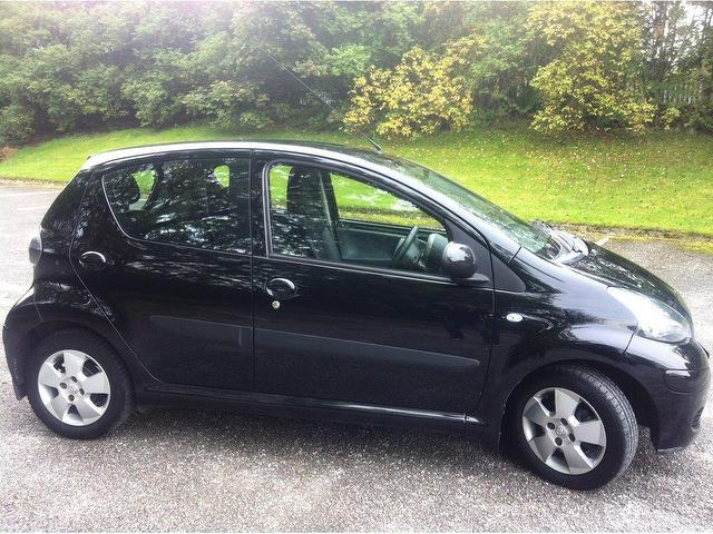 Used Toyota Aygo 2009 Manual Petrol 1 0 Vvt I Black 5 Door