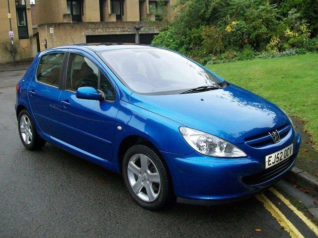 Used Peugeot 307 2002 Blue Hatchback Petrol Manual for Sale