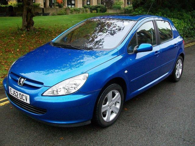 Used Peugeot 307 2.0 Xsi 5 Door [ac] Hatchback Blue 2002 Petrol for Sale in UK