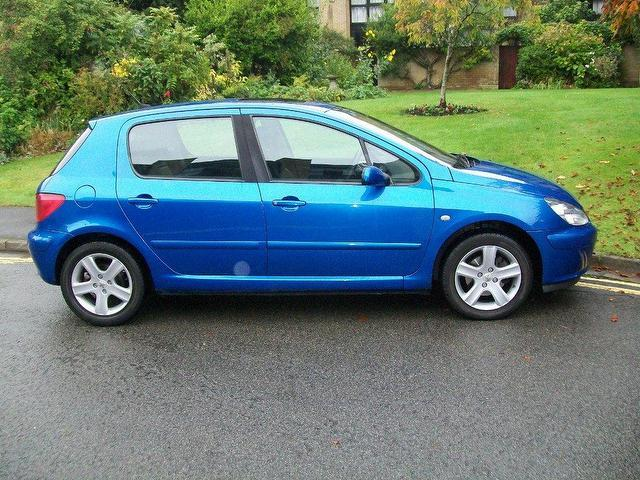 Used 2002 Peugeot 307 Hatchback Blue Edition 2 0 Xsi 5dr