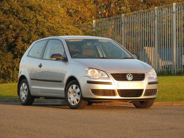 used volkswagen polo 2005 petrol 1 2 e 55 3dr hatchback silver edition for sale in turrif uk. Black Bedroom Furniture Sets. Home Design Ideas