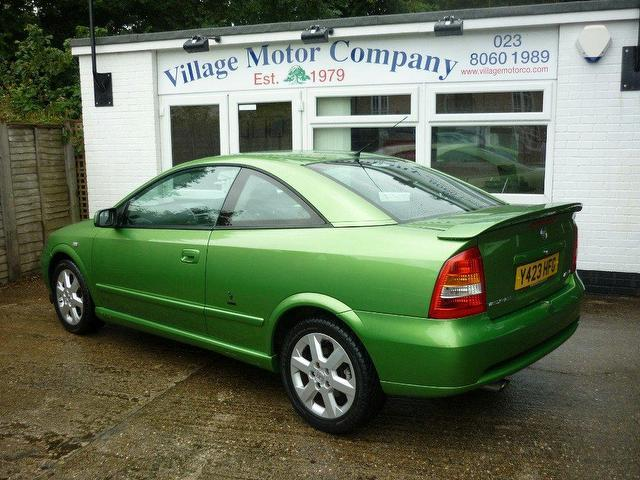 used green vauxhall astra 2001 petrol 16v bertone 2dr coupe excellent condition for sale. Black Bedroom Furniture Sets. Home Design Ideas