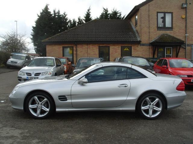 Used silver mercedes benz 2005 petrol class sl 350 2dr for Used convertible mercedes benz for sale