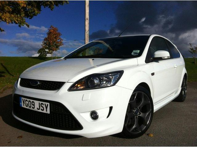 st 2 3dr one hatchback white with electric windows for sale 1699 days