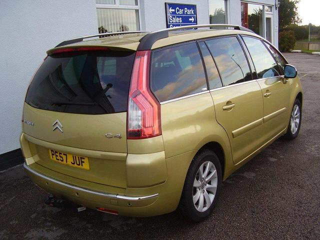 used citroen c4 2007 automatic diesel grand picasso 16v beige for sale uk autopazar. Black Bedroom Furniture Sets. Home Design Ideas