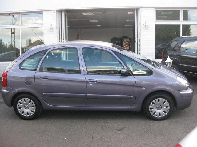 used 2006 citroen xsara estate picasso 1 6 hdi desire diesel for sale in sittingbourne uk. Black Bedroom Furniture Sets. Home Design Ideas