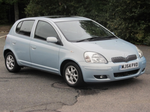 used toyota yaris 2004 blue colour unleaded for sale in epsom uk autopazar. Black Bedroom Furniture Sets. Home Design Ideas