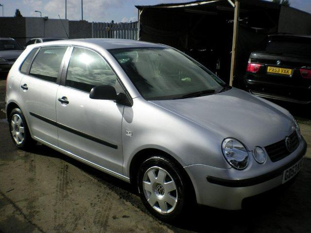 used volkswagen polo 2004 petrol 1 2 twist 5dr hatchback silver edition for sale in wembley uk. Black Bedroom Furniture Sets. Home Design Ideas