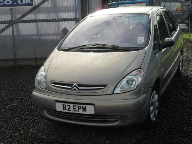 used 2004 citroen xsara estate beige edition picasso. Black Bedroom Furniture Sets. Home Design Ideas