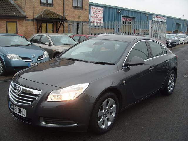used vauxhall insignia 2009 diesel 2 0 cdti se 160 hatchback grey edition for sale in fengate. Black Bedroom Furniture Sets. Home Design Ideas