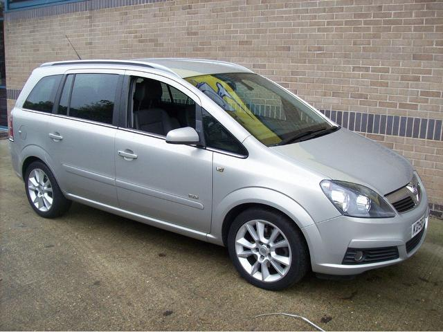 Used Cars For Sale Under 6000 >> Used Silver Vauxhall Zafira 2006 Diesel 1.9 Cdti Design 150bhp Estate In Great Condition For ...