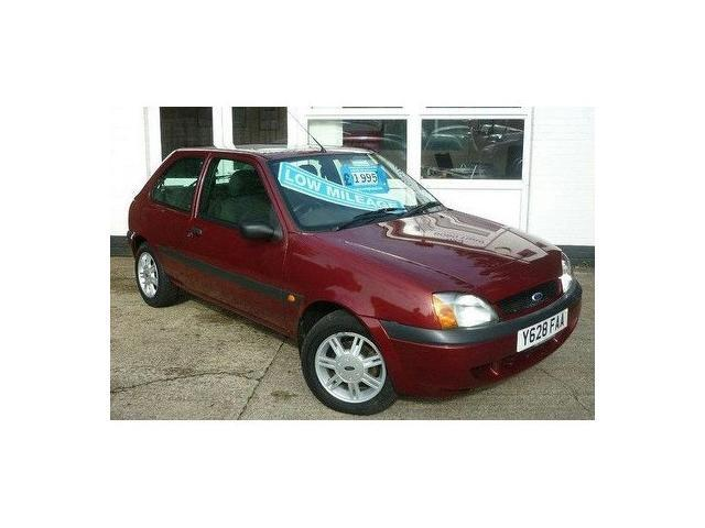 used ford fiesta 2001 red paint petrol 1 3 flight 3dr hatchback for sale in southampton uk. Black Bedroom Furniture Sets. Home Design Ideas