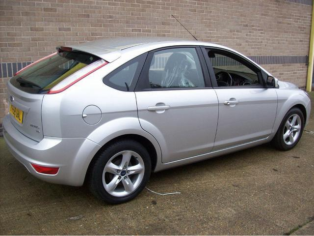 Used Ford Focus 2008 Petrol 1.6 Zetec Climate 5dr ...