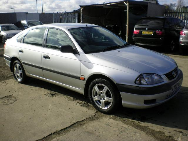 Used Toyota Avensis 1.8 Vvti Gs 5 Door Hatchback Silver 2002 Petrol for Sale in UK