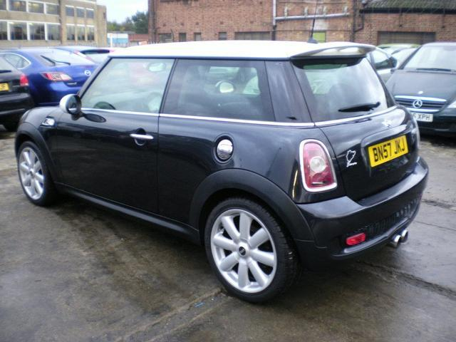 used black mini 1 6 2007 petrol cooper s 3dr hatchback in great condition for sale autopazar. Black Bedroom Furniture Sets. Home Design Ideas