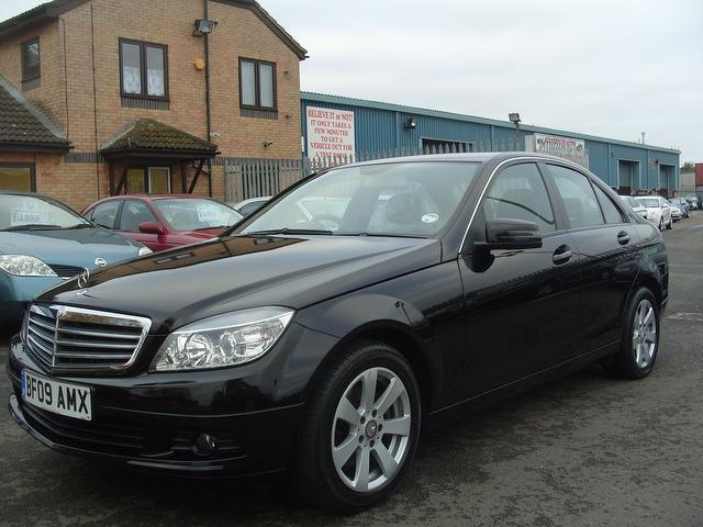 Used black mercedes benz 2009 diesel class c220 cdi se for Mercedes benz 2009 for sale