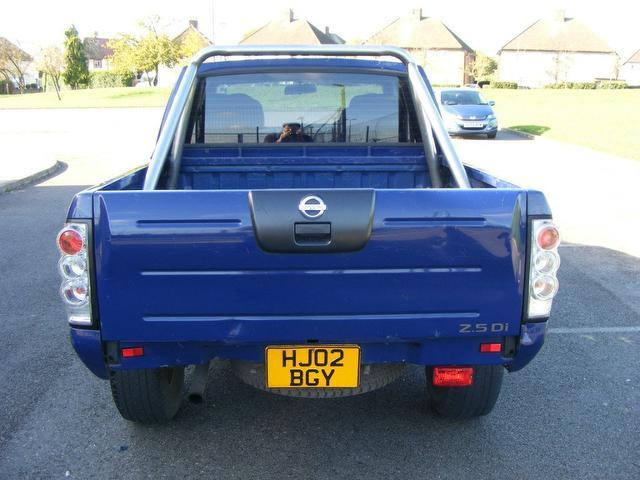 used nissan navara 2002 model double cab pick up diesel