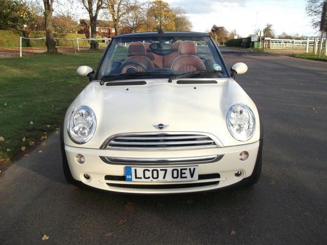 used mini 1 6 2007 petrol cooper sidewalk 2dr convertible white edition for sale in newmarket uk. Black Bedroom Furniture Sets. Home Design Ideas