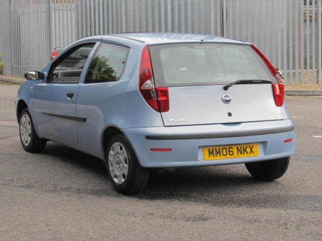 used fiat punto 2006 blue paint petrol for sale in epsom uk autopazar. Black Bedroom Furniture Sets. Home Design Ideas