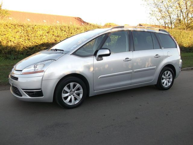 used citroen c4 2007 diesel grand picasso 16v estate silver edition for sale in newmarket. Black Bedroom Furniture Sets. Home Design Ideas