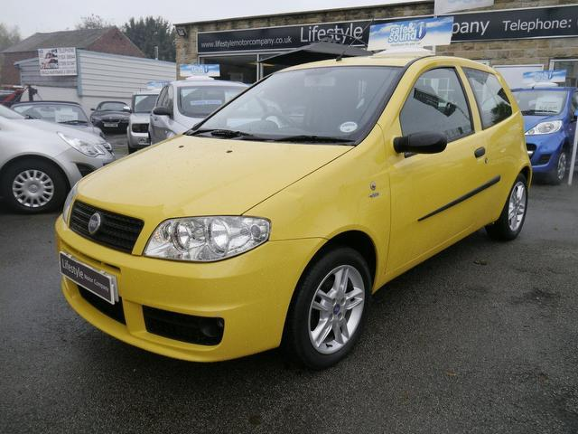 used 2004 fiat punto hatchback 1 2 active sport 3dr petrol for sale in wakefield uk autopazar. Black Bedroom Furniture Sets. Home Design Ideas