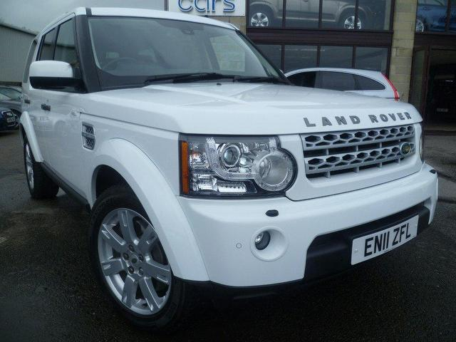 used land rover discovery 2011 diesel 3 0 sdv6 255 4x4 white with central locking kit for sale. Black Bedroom Furniture Sets. Home Design Ideas