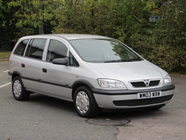 used 2003 vauxhall zafira petrol for sale in epsom uk autopazar. Black Bedroom Furniture Sets. Home Design Ideas
