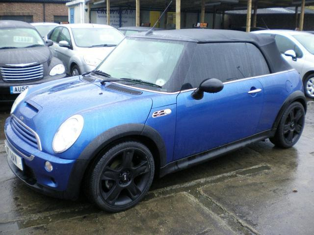 used 2004 mini 1 6 convertible blue edition cooper s 2dr petrol for sale in wembley uk autopazar. Black Bedroom Furniture Sets. Home Design Ideas