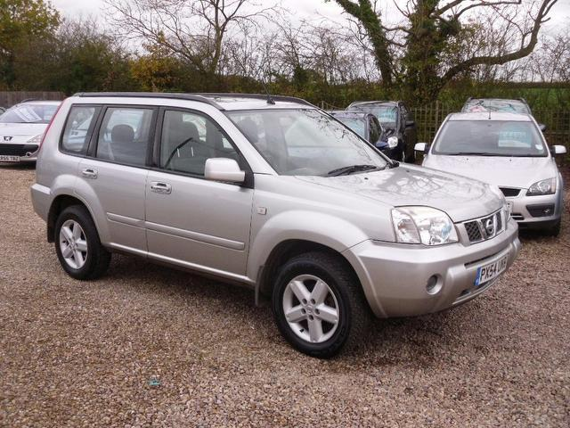 used nissan x trail 2004 petrol 2 5 sve sat nav 4x4 silver. Black Bedroom Furniture Sets. Home Design Ideas