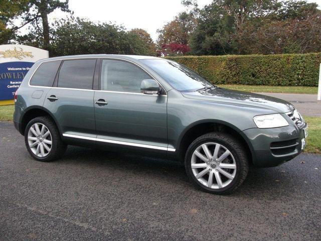 used volkswagen touareg car 2004 green diesel 5 0 v10 tdi. Black Bedroom Furniture Sets. Home Design Ideas