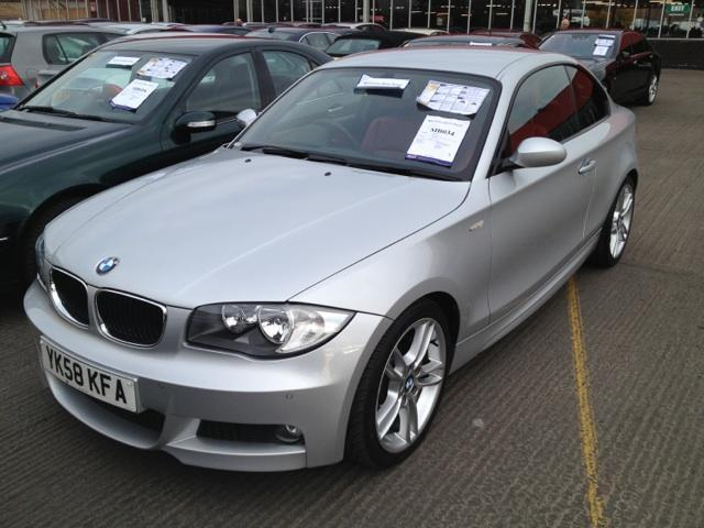 used bmw 1 series 2008 silver paint diesel 123d m sport. Black Bedroom Furniture Sets. Home Design Ideas