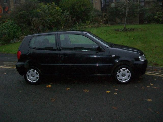 used 2001 volkswagen polo hatchback black edition 1 4 match 3dr petrol for sale in keynsham uk. Black Bedroom Furniture Sets. Home Design Ideas