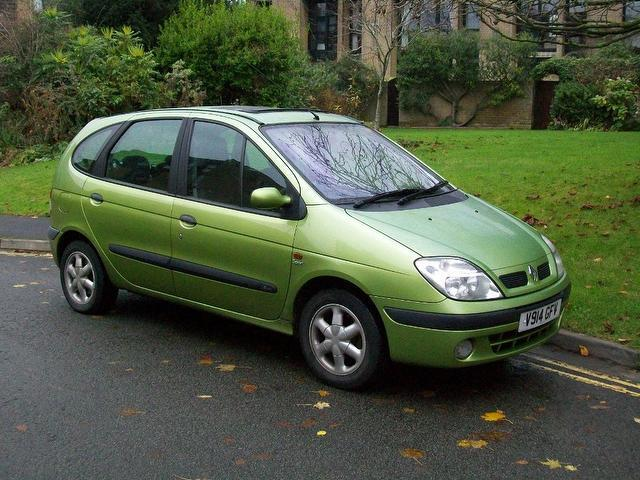used renault megane 2003 manual petrol scenic 1 6 16v sport green for sale uk autopazar. Black Bedroom Furniture Sets. Home Design Ideas