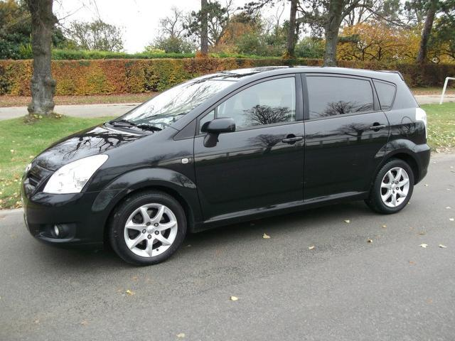 used toyota verso 2007 diesel 2 2 d 4d sr 5dr estate black edition for sale in newmarket uk. Black Bedroom Furniture Sets. Home Design Ideas