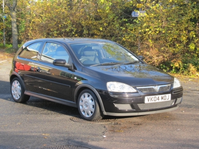 used vauxhall corsa car 2004 black petrol for sale in