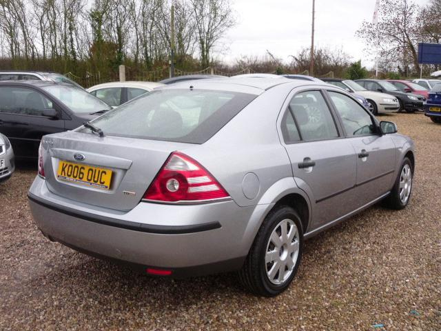 used ford mondeo 2006 silver paint diesel 130 lx sat hatchback for sale in nuneaton uk. Black Bedroom Furniture Sets. Home Design Ideas