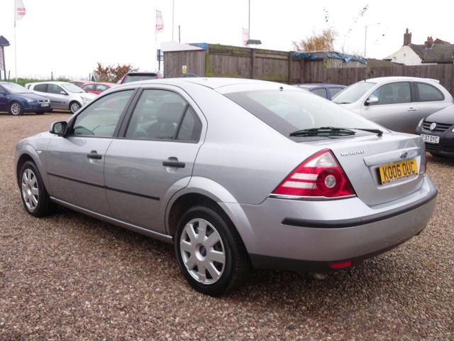 used ford mondeo 2006 silver hatchback diesel manual for sale sexy girl and car photos. Black Bedroom Furniture Sets. Home Design Ideas